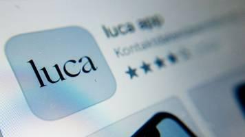 Berliner Senat will trotz Kritik an Luca-App festhalten