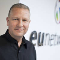 euNetworks stellt Hohlkern-Glasfaserkabel des Typs Lumenisity® Limited CoreSmart® in London bereit