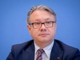 Maskenaffäre: Bundestag hebt erneut Immunität des Abgeordneten Nüßlein auf