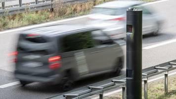 """straßenverkehr: """"es geht an den geldbeutel, nicht an den führerschein"""": bußgelder werden deutlich erhöht"""