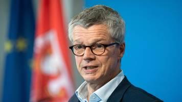 Brandenburg will Corona-Maßnahmen verschärfen
