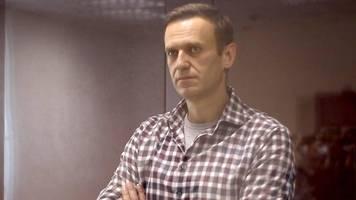 russische behörden wollen nawalny-organisation verbieten lassen