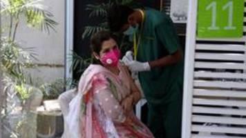 corona-impfung in pakistan: wer zahlt, kommt schneller dran