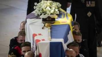 britischer prinz philip in windsor beigesetzt