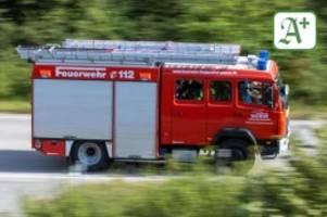 Brände: Wohnmobil brennt vor Haus: Verdacht auf Brandstiftung