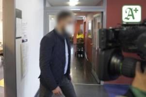 Prozess in Hamburg: Schwangere brutal misshandelt: Beide Angeklagten schweigen