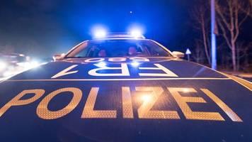 Bremen: Polizei löst Corona-Party auf – Gäste verstecken sich im Treppenhaus