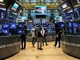 Leitindizes mit Minus: Corona-Sorgen lasten auf Wall Street