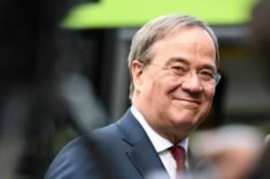 Kanzlerkandidatur: Armin Laschet: Es ist ein Sieg - aber kein guter