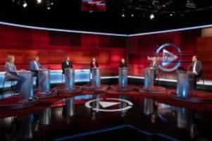 TV-Talk: Hart aber fair: Seitenhiebe gegen Söder und Laschet