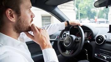 Von Clubhouse bis Podcast: Wie viel Entertainment geht im Auto?