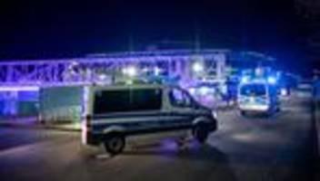 Fußball-Bundesliga: Schalke-Spieler nach Abstieg von Fans angegriffen