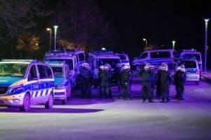 Nach dem Abstieg: Polizei: Massive Aggressionen gegen Schalke-Spieler