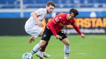 Jahn Regensburg nach 1:3 in Hannover im Tabellenkeller