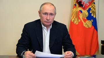 Kurz vor Putins Rede: Zwei Nawalny-Mitarbeiter festgenommen