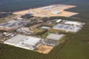Gigafactory - Tesla-Fabrik in Brandenburg: Warum der Produktionsstart auf der Kippe steht