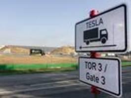 Tesla fehlen wohl Mitarbeiter zum pünktlichen Produktionsstart