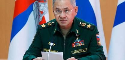 russland kündigt rückzug von truppen von der grenze zur ukraine an