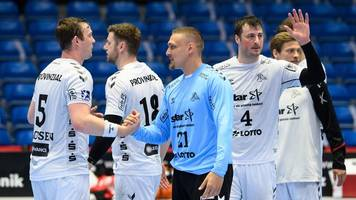 Handball-Bundesliga - Flensburg und Kiel siegen: HBL-Titelkampf bleibt spannend