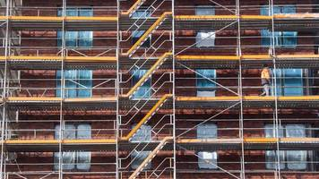 Weniger Baugenehmigungen für Wohnungen zu Jahresbeginn