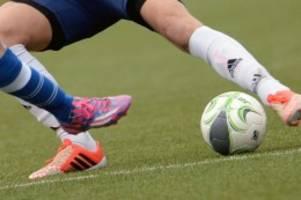 amateurfußball: altona und teutonia bleiben in der fußball-regionalliga