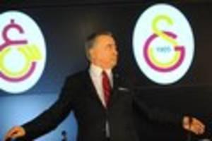 """Kolumne von Fatih Demireli - Galatasaray zerfleischt sich selbst: Rauswürfe, Skandale, Wut auf """"Sex-Partys"""""""