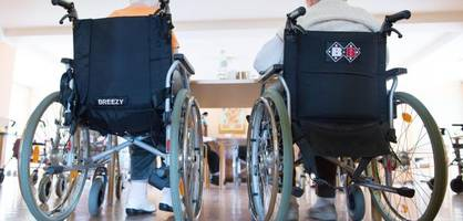 so will annalena baerbock tariflöhne in pflegeheimen durchsetzen