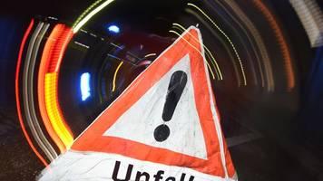Zwei Verletzte bei Unfall auf Bundesstraße 6