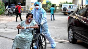 Corona-Pandemie - Bitterer Rekord: Mehr als 400.000 Neuinfektionen in Indien