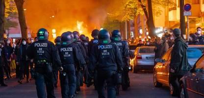 1.-mai-krawalle in berlin: »versammlungsfreiheit für schwerste straftaten missbraucht«