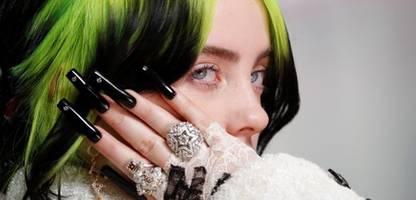 Billie Eilish kritisiert sexuelle Ausbeutung junger Menschen