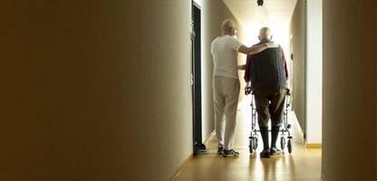 Pflege-Tarifpläne der Großen Koalition: Patientenschützern warnen vor Überforderung