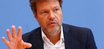 Grünen-Chef Habeck zu Corona-Lage und Klima-Urteil