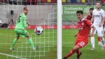 2. Bundesliga: 90.+5 – Düsseldorf schlägt den KSC und zieht mit dem HSV gleich
