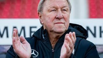 Hrubesch stellt klar: HSV-Cheftrainer nur bis Saisonende
