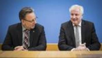 Horst Seehofer: Zahl der rechtsextremen Straftaten auf höchstem Stand seit 2001