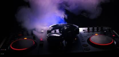 Corona-Pandemie: Musikurhebern brach 2020 der Umsatz weg