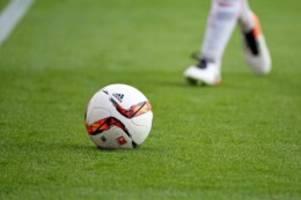 Fußball: 0:3 gegen Wiesbaden: Kaum noch Hoffnung für VfB Lübeck