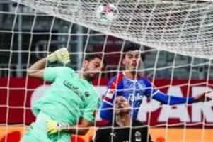 Fußball: Sieg über Sandhausen: Holstein Kiel rückt auf Platz drei vor