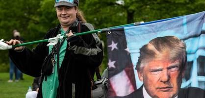 """Donald Trump muss Amerika retten, es zurückgewinnen"""