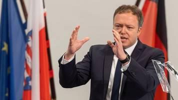 cdu-fraktionschef voigt verteidigt maaßen-kandidatur