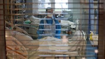 RKI: Fallzahlen und Inzidenz sinken weiter