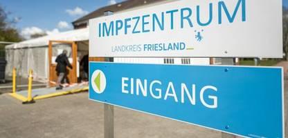 Friesland: Kochsalzlösung statt Biontech – Dutzende bekommen dritte Impfdosis