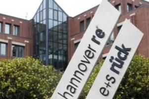 Versicherungen: Hannover Rück hält an Jahreszielen fest