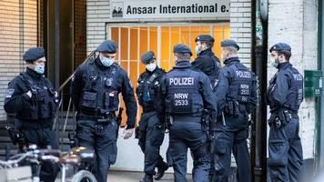 terrorismus: seehofer verbietet salafisten-verein ansaar