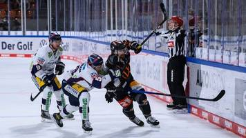 Wolfsburg verliert zweites Eishockey-Finale