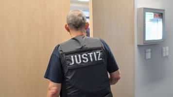 prozess um messerangriff: plädoyer der bundesanwaltschaft