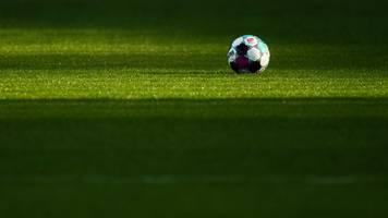 frankfurter fußballfrauen gewinnen 3:1 gegen essen
