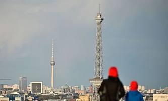 deutsches verfassungsgericht weist eilantrag gegen ausgangssperre zurück