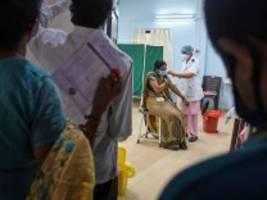 Corona-Krise: Wie man der Welt mehr Impfstoff besorgt - und wie nicht